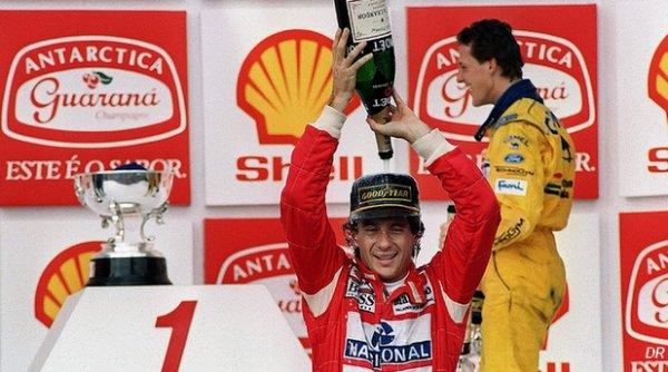 "Michael Schumacher - Senna, ""mon héros"" ; Ferrari, un rêve"