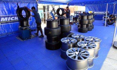 Ecclestone ne veut pas de Michelin