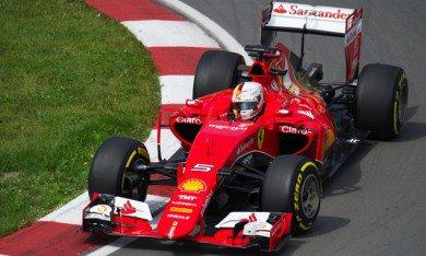 Ferrari table sur les gommes tendres