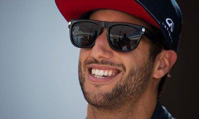 Horner révèle la durée du contrat de Ricciardo