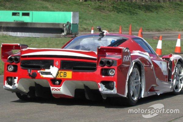 Une Ferrari FXX homologuée pour la route