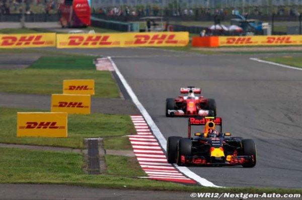 Vettel calme finalement le jeu à propos de Kvyat