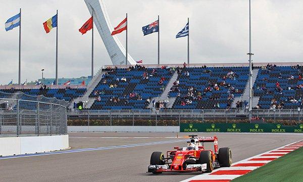 Mercedes et Ferrari utilisent leurs premiers jetons