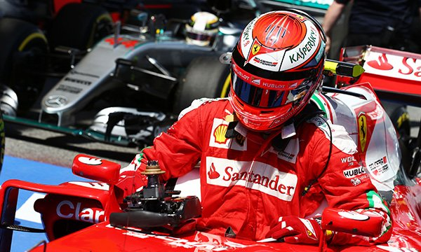 Räikkönen se moque de devancer Vettel