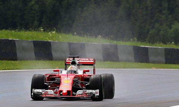 """Vettel : """"La victoire reste possible"""""""