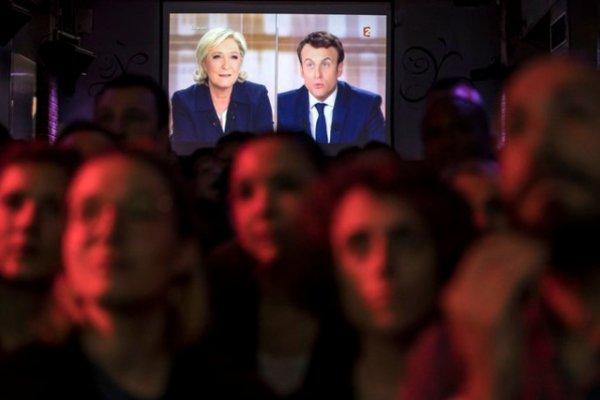 Présidentielle française Un débat d'une brutalité inédite, selon la presse