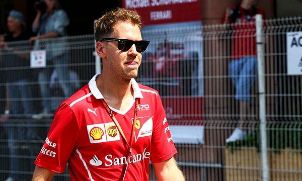"""Vettel : """"J'aurais pu gagner toutes les courses"""""""