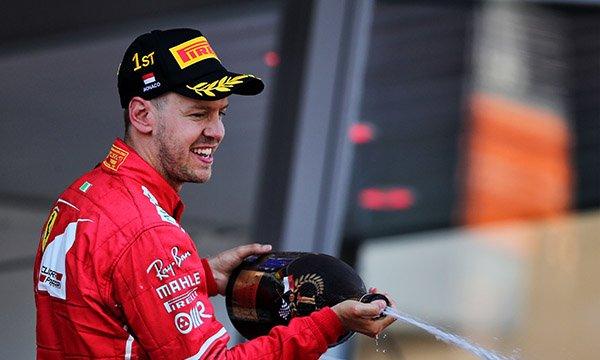 Ferrari laisse à Vettel jusqu'à Monza pour se décider