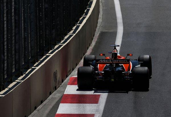 """Alonso : """"Les autres sont étonnés par notre manque de vitesse"""""""