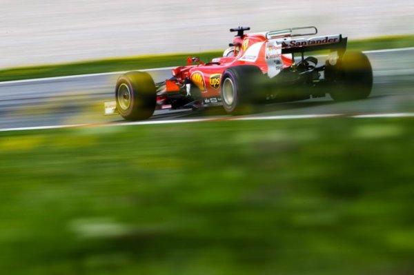 """Vettel : """"La voiture est phénoménale !"""""""
