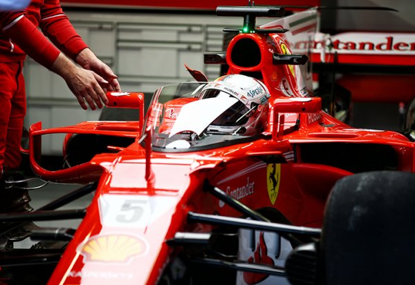 Vettel testera le Shield demain