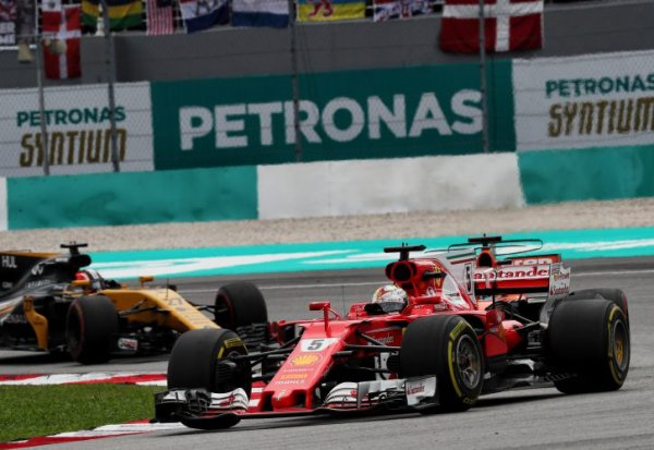 Vettel évite la pénalité à Suzuka