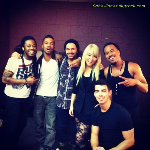 *Photos & Vidéos de Joe , Nick & Delta récentes :)*