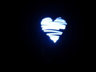♥ Si rien de merveilleux ne peut en ressortir, alors, ce n'est pas de l'Amour... ♥