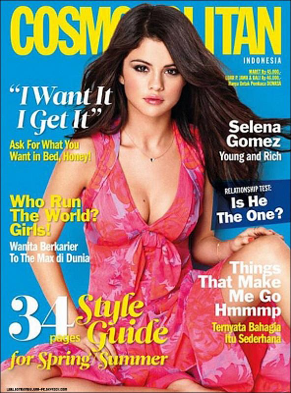 Selena fait la couverture du Cosmopolitan en Indonesie. Je la trouve super jolie & vous ? Ensuite une photo + une vidéo sur le tournage du film Spring Breakers