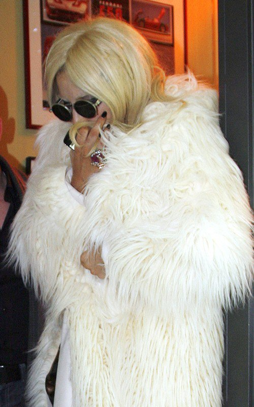 """THE FAME MONSTER"" N°1"