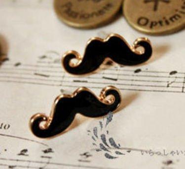 Puce d'oreilles moustache 4.90¤