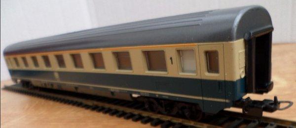 LIMA-HO - voiture voyageur -1ere classe -db- 4 essieux