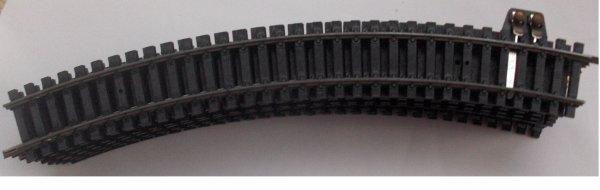 Lima - ho - lot de 10 rails courbes dont 1 pour prise de courant transfo ..N3030  -R=360