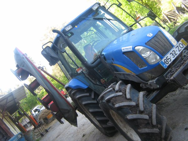 new holland tl100a and marangon quattro 240