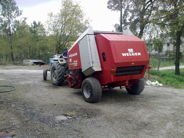 Ford 3600 and welguer rp220 farmer