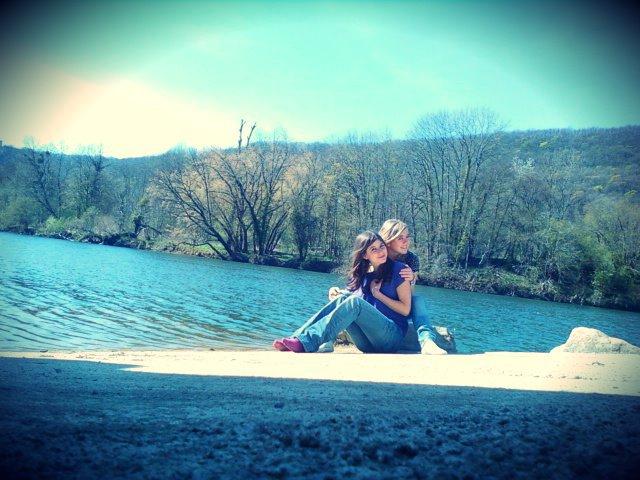 La véritable amitié, c'est comme la santé, tu n'en connais la valeur que lorsque tu l'as perdue, celle la je n'en connaiterais jamais la valeur, car on se perderas jamais ♥.