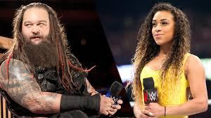 Une liaison au sein de la WWE ?