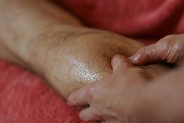 Si tu es un jeune homme sportif, je te propose un massage intégral, tu vas kiffer...