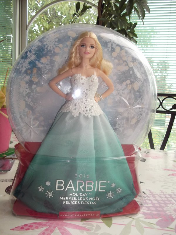 Barbie HOLIDAY 2016.