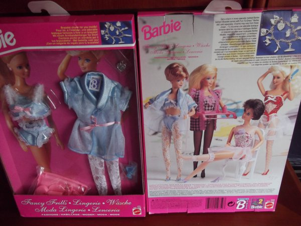 Habillages Barbie.