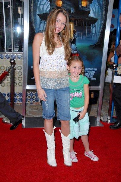 Miley Cyrus et sa petite soeur