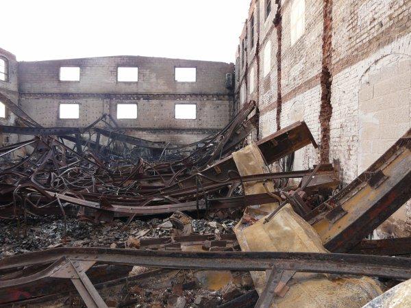 résultat d'un pyromane : mon lieux de travail..