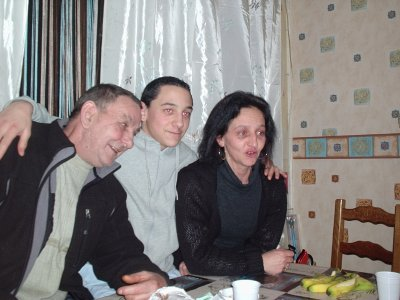Maman, Gael ( &' ) Men oncle.