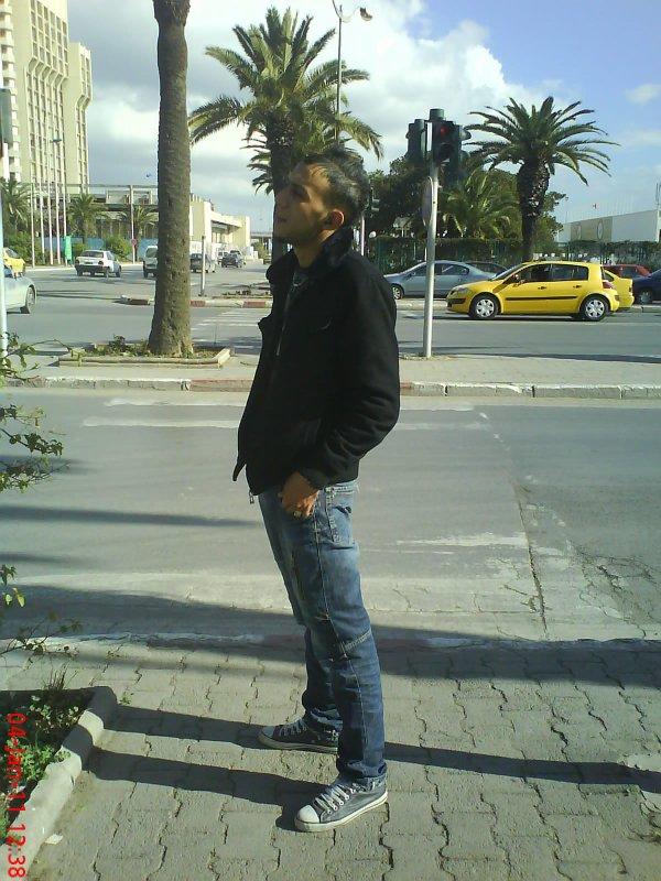 mardi 04 janvier 2011 12:38