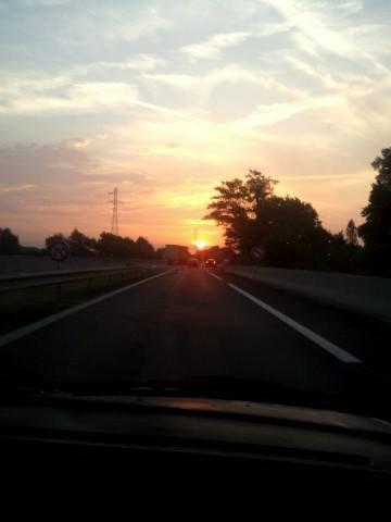 tout simplement moi ;D + 1 coucher de soleil ;)