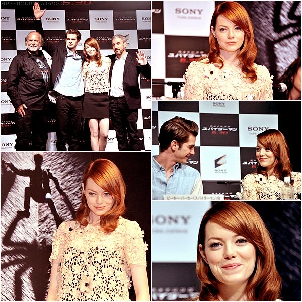 Mercredi 18 janvier: aujourd'hui (ou hier pour les Japonais) à eu lieu une conférence de presse de Spiderman au Japon. Emma y était donc présente avec sa co-star et petit-ami Andrew Garfield.