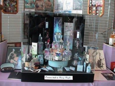 Exposition de Mulhouse 2009 vitrine Mugler