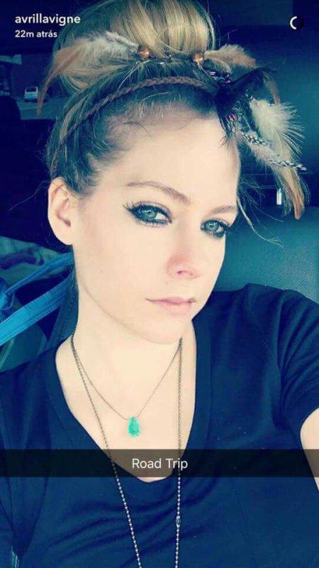 Avril Lavigne sûr snapchat ??