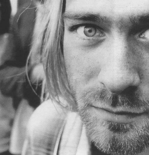 "Regarder ""Nirvana - In Bloom"" sur YouTube"