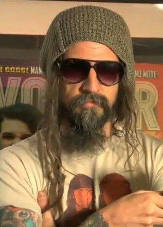 "Regarder ""Rob Zombie - Mars Needs Women [OFFICIAL VIDEO]"" sur YouTube"