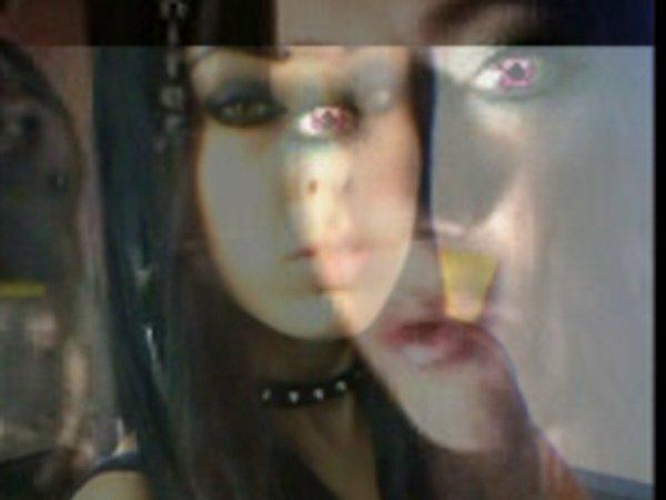 cadeau pour ma chérie Nath,la Vamp de mes rêves ;)