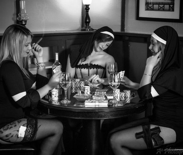 Le Couvent Sainte Elodie: On va toutes devenir nonnes! mdr