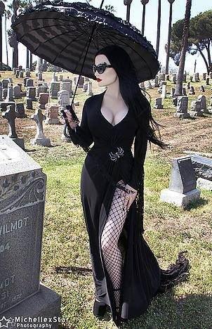 cadeau pour Sombre Vampire 666