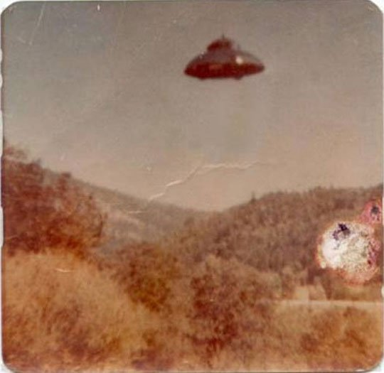 Well,Everybody f***k in a Ufo!;)