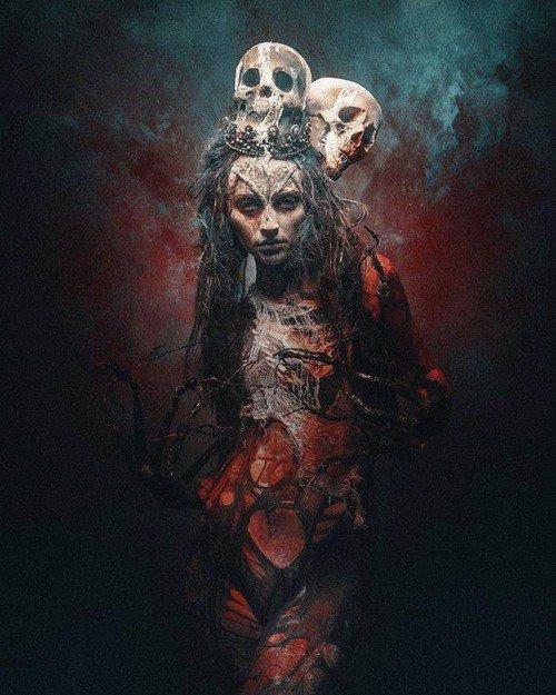Prêtresses Occultes des Ténèbres