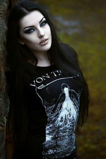 Métal & Goth Girls