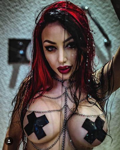 Dani Divine,Starfucked & cie