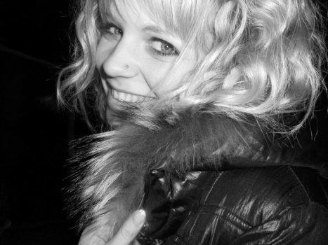 .« La nostalgie n'a rien de glamour, si j'avais une seul chose à dire c'est : Vivez votre vie, maintenant. » Marilyn Monroe