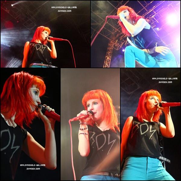 16/02/11 : Paramore a donné un concert au Brésil.
