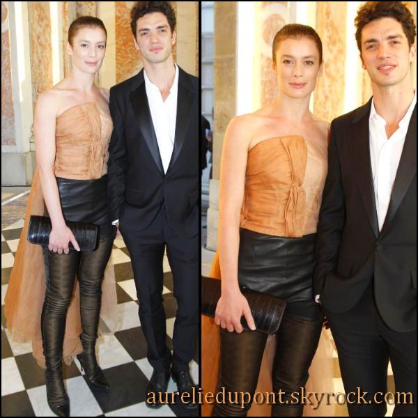 Aurélie et son compagnon Jérémie Belingard lors de la semaine de la mode à Paris en juillet 2011.